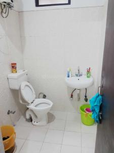 Bathroom Image of Geeta Hospitality PG in Patel Nagar