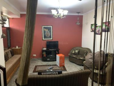 Gallery Cover Image of 1750 Sq.ft 3 BHK Apartment for rent in Vikaspuri for 25000