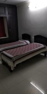 Bedroom Image of Sri Mahalaxmi PG in Tarnaka