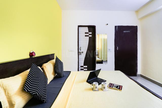 Bedroom Image of Oyo Life Grg1661 Fimt College in Kapashera