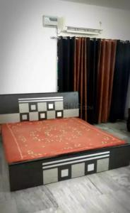 Gallery Cover Image of 2200 Sq.ft 3 BHK Apartment for rent in Shipra Suncity for 26000