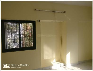 Gallery Cover Image of 1500 Sq.ft 3 BHK Apartment for rent in Pate Golden Petals, Karve Nagar for 24000