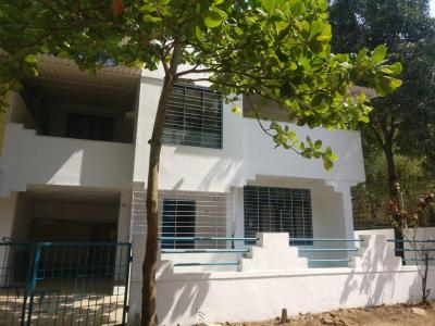 Gallery Cover Image of 2500 Sq.ft 3 BHK Independent House for rent in Thane West for 100000