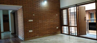 Gallery Cover Image of 2400 Sq.ft 3 BHK Independent Floor for rent in  Mig KHB Colony, Koramangala for 50000