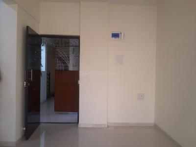 Gallery Cover Image of 590 Sq.ft 1 BHK Apartment for rent in Seawoods for 18000