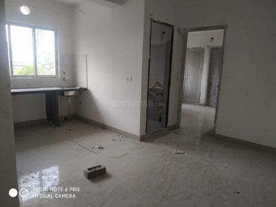 Gallery Cover Image of 672 Sq.ft 2 BHK Apartment for buy in Madhyamgram for 1680000