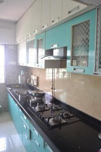 Gallery Cover Image of 1587 Sq.ft 3 BHK Apartment for rent in Kurla West for 70000