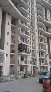 Gallery Cover Image of 1900 Sq.ft 3 BHK Apartment for rent in Sector 62 for 23000