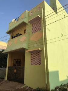 Gallery Cover Image of 700 Sq.ft 2 BHK Independent House for rent in Sithalapakkam for 7200