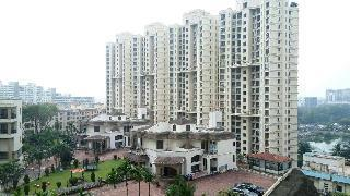 Gallery Cover Image of 1050 Sq.ft 2 BHK Apartment for buy in Supreme Lake Homes, Powai for 17800000