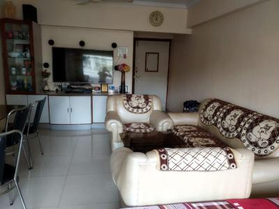 Gallery Cover Image of 850 Sq.ft 1 BHK Apartment for rent in Bandra West for 75000