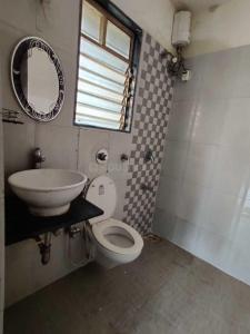Bathroom Image of Omkar PG Services in Kandivali East