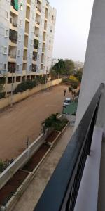 Gallery Cover Image of 1355 Sq.ft 2 BHK Apartment for rent in Gauthami Sai Subashini Towers, Kondapur for 21000
