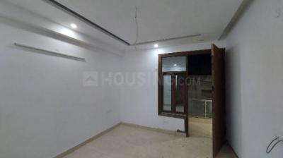 Gallery Cover Image of 900 Sq.ft 2 BHK Apartment for buy in Vasant Kunj for 5000000