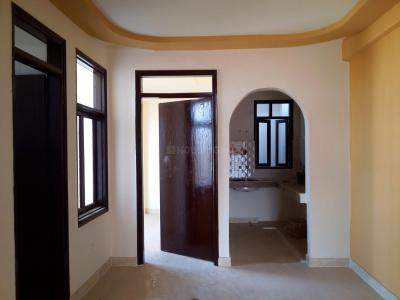 Gallery Cover Image of 750 Sq.ft 2 BHK Apartment for buy in Sangam Vihar for 2400000