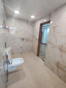 Gallery Cover Image of 2610 Sq.ft 4 BHK Independent Floor for buy in Sector 75 for 7500000
