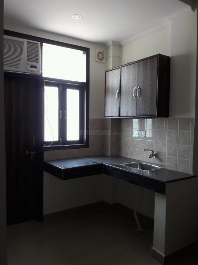 Kitchen Image of 300 Sq.ft 1 RK Apartment for rent in DLF Phase 3 for 15000