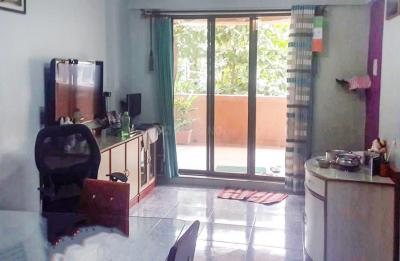 Gallery Cover Image of 800 Sq.ft 2 BHK Apartment for rent in Palava Phase 1 Nilje Gaon for 16000