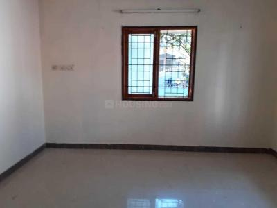 Gallery Cover Image of 1900 Sq.ft 3 BHK Villa for rent in Sithalapakkam for 25000