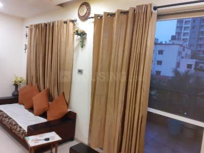 Gallery Cover Image of 1550 Sq.ft 3 BHK Apartment for rent in Raviraj Siciliaa, Ghorpadi for 38000