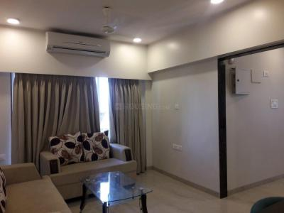 Gallery Cover Image of 820 Sq.ft 2 BHK Apartment for buy in Malad East for 12000000