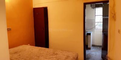 Gallery Cover Image of 600 Sq.ft 1 BHK Independent Floor for rent in Chittaranjan Park for 13000