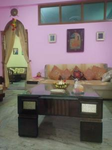 Gallery Cover Image of 1500 Sq.ft 4 BHK Independent House for buy in Panchsheel Colony for 5600000
