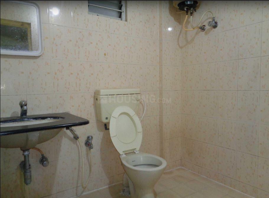 Bathroom Image of 932 Sq.ft 2 BHK Apartment for rent in Sahakara Nagar for 14000