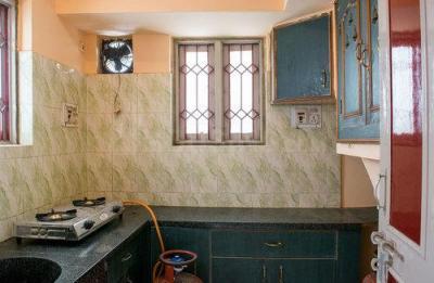 बनासवाड़ी में गीता नेस्ट के किचन की तस्वीर