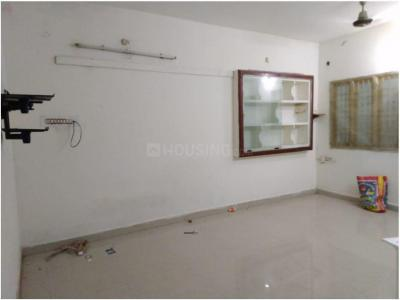 Gallery Cover Image of 950 Sq.ft 2 BHK Apartment for rent in Nanmangalam for 11000