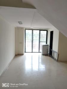 Gallery Cover Image of 2000 Sq.ft 2 BHK Independent House for buy in Andheri East for 35000000