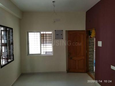 Gallery Cover Image of 910 Sq.ft 2 BHK Apartment for rent in Himayam Annapoorna Apartments, Ponniammanmedu for 15000