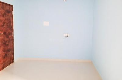 Gallery Cover Image of 850 Sq.ft 3 BHK Independent House for rent in Perumbakkam for 14000