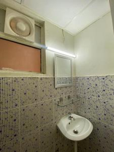 Bathroom Image of Neesa in Sector 102