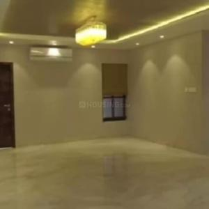 Gallery Cover Image of 2880 Sq.ft 4 BHK Apartment for rent in Juhu for 400000