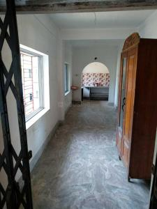Gallery Cover Image of 800 Sq.ft 2 BHK Apartment for buy in Uttarpara for 2380000