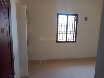 Gallery Cover Image of 630 Sq.ft 2 BHK Independent House for rent in Veppampattu for 4200