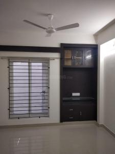 Gallery Cover Image of 907 Sq.ft 2 BHK Apartment for rent in Malles Akankssha Apartment, Perumbakkam for 16000