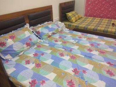 सेक्टर 38 में बेडरूम इमेज ऑफ पीजी अकॉमोडेशन फॉर वर्किंग प्रोफेशनल बॉइज़