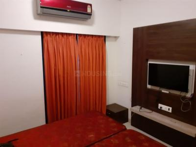 Gallery Cover Image of 400 Sq.ft 1 RK Apartment for rent in Mayfair Hill Crest, Vikhroli West for 28000