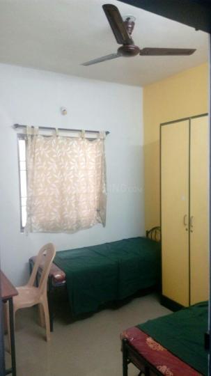 बीटीएम लेआउट में वेक अप लेडिज पीजी में बेडरूम की तस्वीर