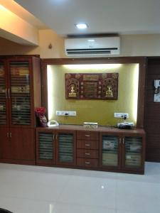 Gallery Cover Image of 3100 Sq.ft 4 BHK Apartment for buy in Sanpada for 60000000