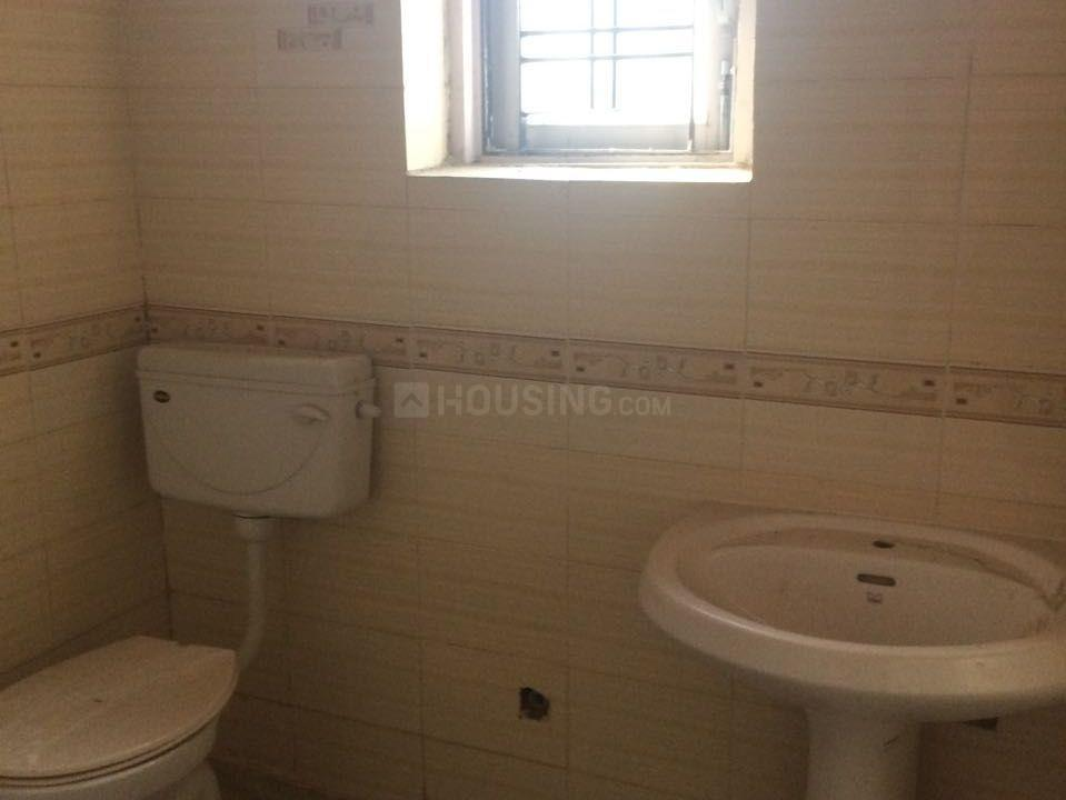 Common Bathroom Image of 1292 Sq.ft 2 BHK Independent House for buy in Sector Xu 1 Greater Noida for 5950000