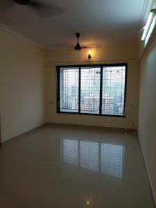 Gallery Cover Image of 700 Sq.ft 1 BHK Apartment for rent in Malad West for 25500