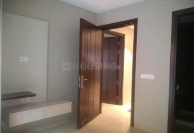 Gallery Cover Image of 450 Sq.ft 1 BHK Independent Floor for buy in Janakpuri for 3500000