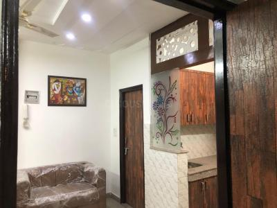 Gallery Cover Image of 600 Sq.ft 2 BHK Independent Floor for rent in RWA Uttam Nagar Gali 6 Block T A, Uttam Nagar for 8000