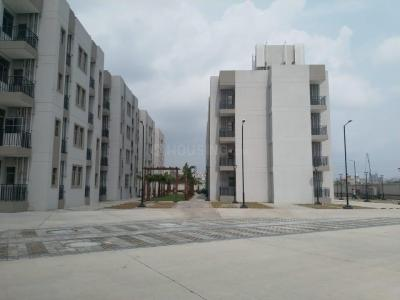 Gallery Cover Image of 1400 Sq.ft 2 BHK Apartment for rent in Sector 84 for 13000