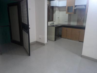 Gallery Cover Image of 780 Sq.ft 1 BHK Independent House for rent in DLF Phase 1 for 16000