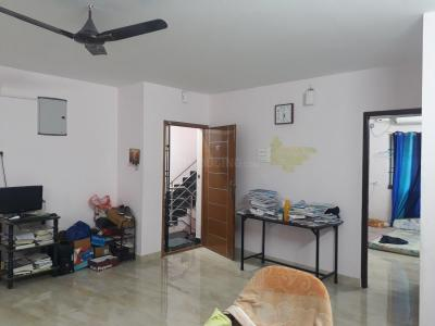 Gallery Cover Image of 900 Sq.ft 2 BHK Apartment for rent in West Mambalam for 20000