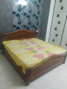 Gallery Cover Image of 1200 Sq.ft 2 BHK Independent Floor for rent in Sector 36 for 16000